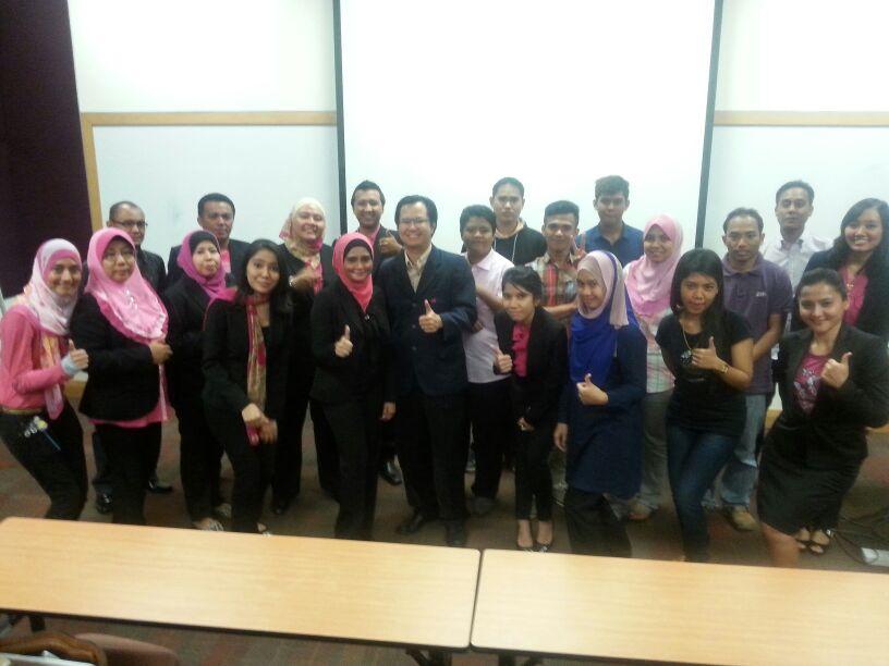 Agen dan Bakal Agen Zarina Sharif Agency Bersama Mr Looi Chee Nang