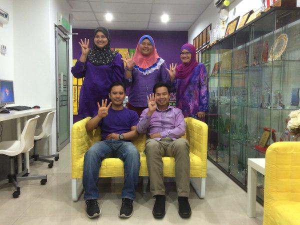 Ahli SSP Atas Dari Kiri : Miza, Suri, Naja Bawah dari Kiri : Dinn dan Syaiful